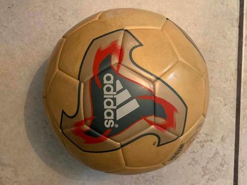 Instantáneamente horizonte Acostumbrarse a  Balón adidas Mundial 2002 Fevernova Glider Ms | Mercado Libre