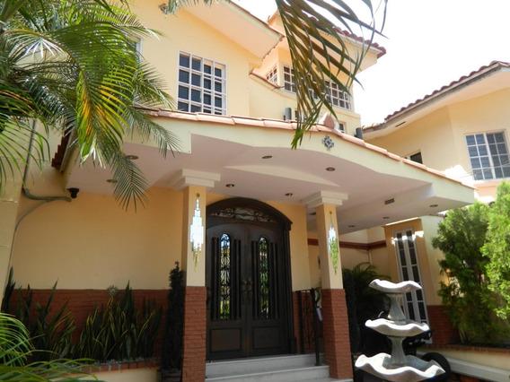 Bella Casa En Alquiler En Albrook Panama Cv