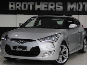 Hyundai Veloster 2012 Top