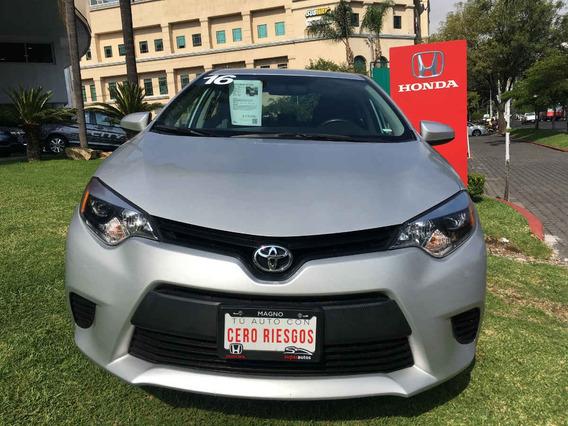 Toyota Corolla 4p Base L4/1.8 Aut