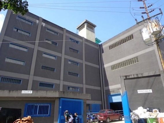 Edificio En Venta 10 Baños Y 20 Puestos