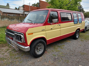 Ford Econoline 150 Super Van