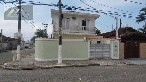Excelente Sobrado Com 4 Dormitórios, 2 Vagas De Garagem E Piscina Na Aviação, Praia Grande-sp - So0184