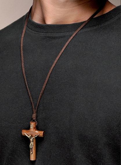 Colar Crucifixo C/ Chagas De Cristo Madeira Imbuia Em Couro