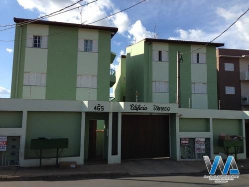 Apartamento No Bairro Jardim São Lourenço - 180