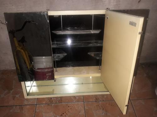 Imagen 1 de 4 de Botiquín De Baño Hermoso
