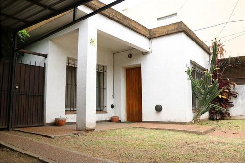 Venta Casa En  Carapachay  Lote  300m- Con Renta-