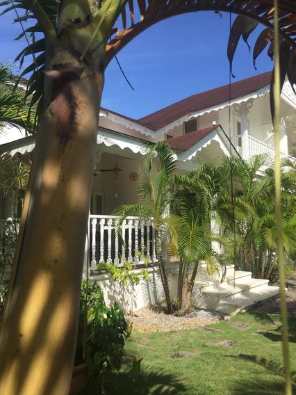Samana Villa 285 Mts 3hab Piscina Y Playa