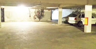Cochera Garage En Pocitos - Segura Y Cómoda