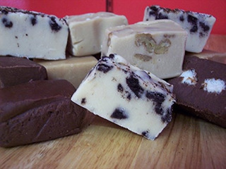 Chocolates Fudge De Lang 1.5 Libras (24 Oz) Kosher Chocolate