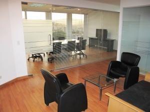 Venta De Elegante Oficina En Los Palos Grandes / Ac 20-20200