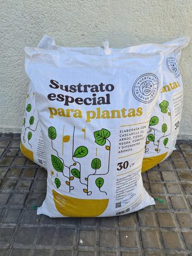 Imagen 1 de 8 de Tierra Sustrato Especial Plantas 150 Litros Bolsa Retornable