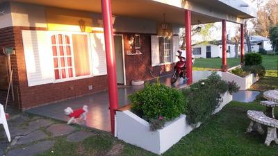 Casa En Chascomus Dentro Del Club San Huberto Con Lancha .