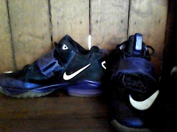 Tenis Nike Morados Calvin Johnson