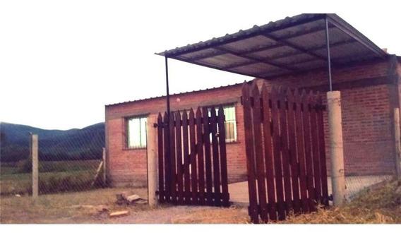 Venta + Casa + 300 M2 + Cerrillos + 2 Dor + Pileta