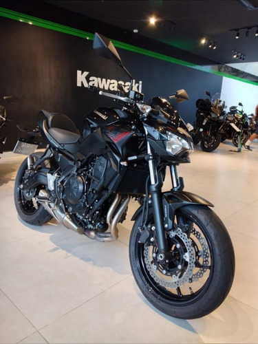 Kawasaki Z650 Preta 0km Modelo 2021 - 3