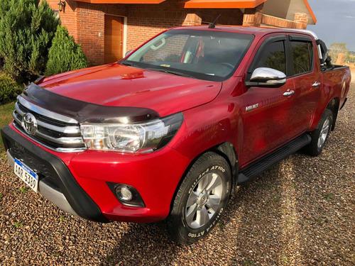 Toyota Hilux 2017 2.7 Cd Srv Vvti 4x2 Cuero - B4