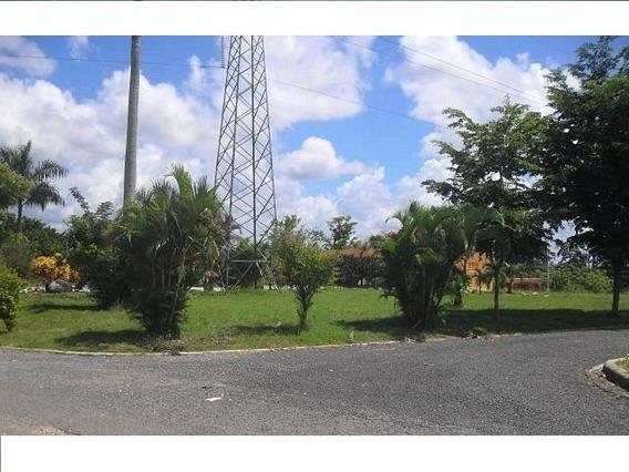 Solares En Santo Domingo Norte 829 662 8843