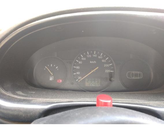 Ford Fiesta 2001 Hatchback Naranja Excelente Estado.