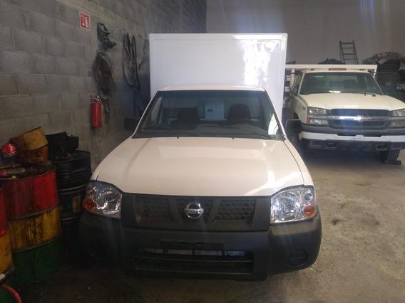 Nissan Np300 2.4 Chasis Mt 2012