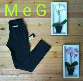 Kit 2 Calça Jeans 1 Calça Suplex , 1 Body E 1 Bone