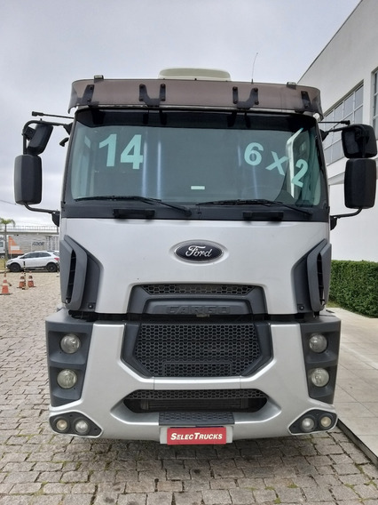 Ford Cargo 2842 6x2 Selectrucks
