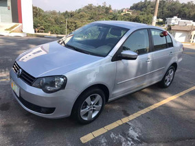 Volkswagen Polo Sedan 1.6 Vht Total Flex 4p 2014