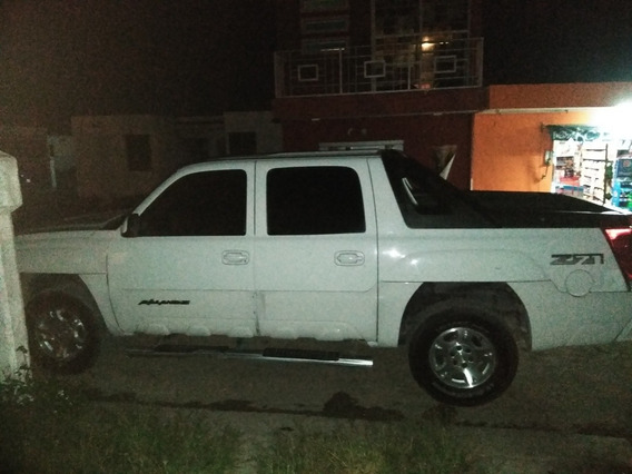 Chevrolet Avalanche 5.3 Lt Aa Ee Cd Piel 4x4 At 2003