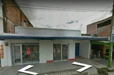 Casa Con Dos Locales Comerciales