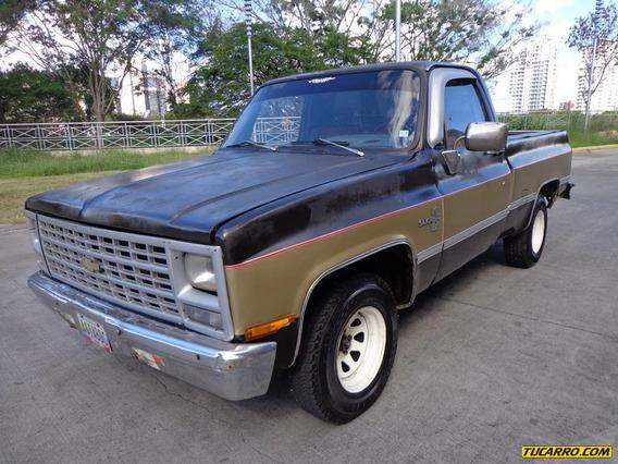 Chevrolet Silverado Pick Up Automático