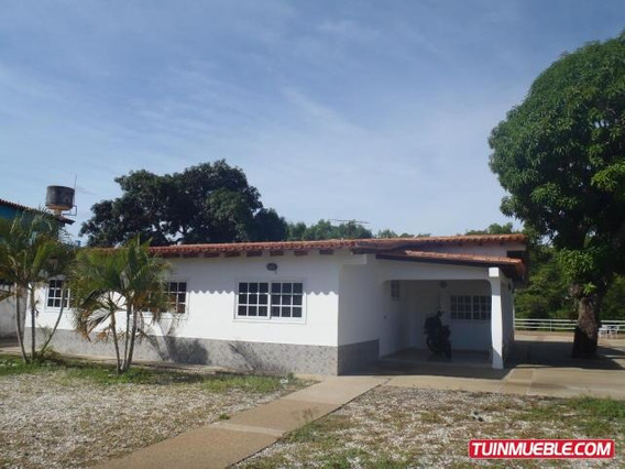 17-14745 Gina Briceño Vende Casa En Los Canales De Rio Chico