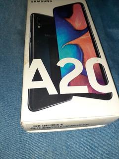 Celular Samsung A20 (negro) Con Dos Meses De Uso