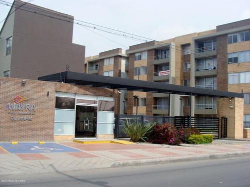 Apartamento En  Centro Funza(funza) Rah Co: 21-175