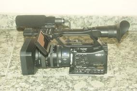 Filmadora Sony Z7 Com Tripé Benro Duas Baterias E Carregador
