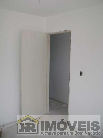 Kitnet Para Locação Em Teresina, Santa Isabel, 1 Dormitório, 1 Banheiro, 1 Vaga - 818