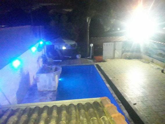 Casa Com Piscina Para Temporada Em Itanhaém