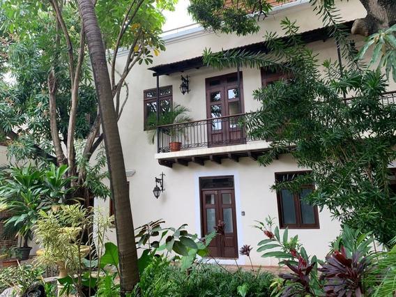 Casa Duplex Amueblada En La Zona Colonial De Santo Domingo