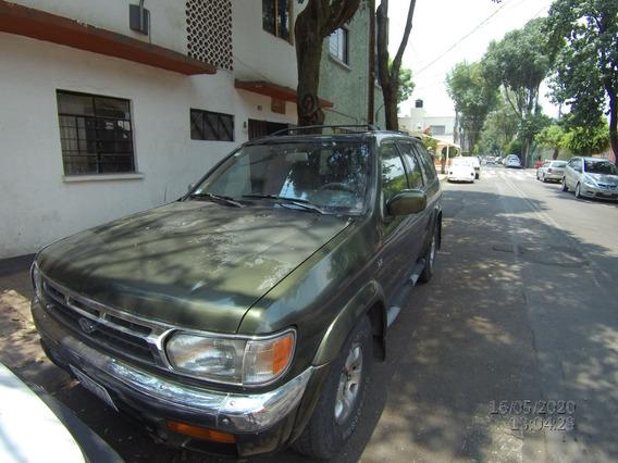 Nissan Pathfinder Le 4x2