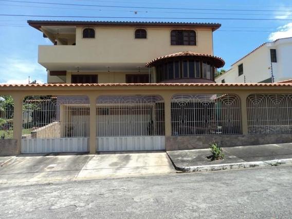 Casa En Venta Santa Elena Código 20-3010 Rahco