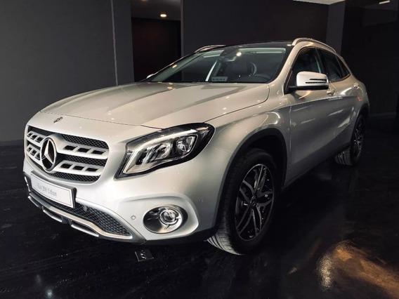 Mercedes Benz Gla 200 4*2 At Cuero 2020 - Precio Especial