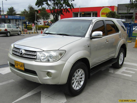 Toyota Fortuner Sr5 At 2.7 4x4