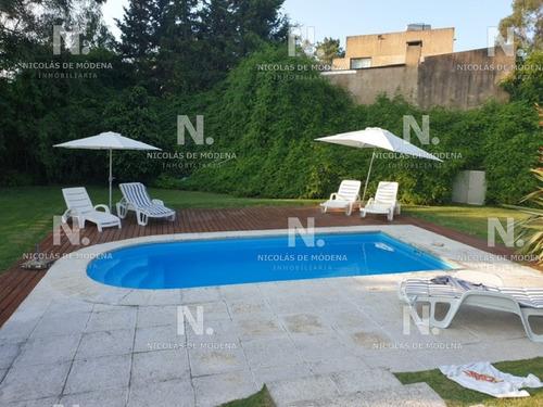 Muy Linda Casa En Pinares- Ref: 4724