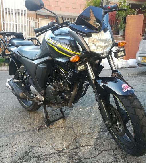 Yamaha Fz 2.0 Gris Con Negro