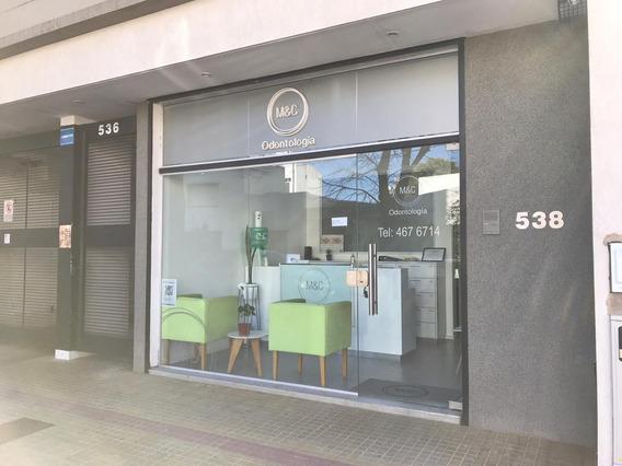 Consultorio En Pb, Local A La Calle. La Plata Centro.
