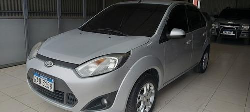 Ford Fiesta 1.6 Ambiente Plus Mp3 2010