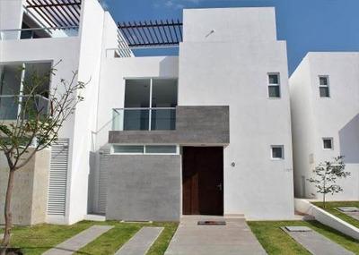Casa En Venta En Altos De Juriquilla, Queretaro, Rah-mx-18-857