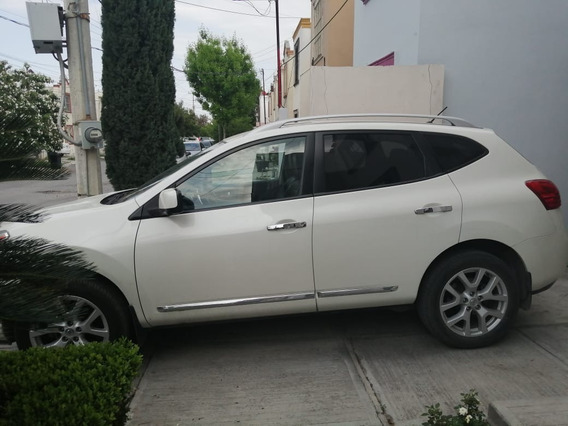 Nissan Rogue Exclusive 2012