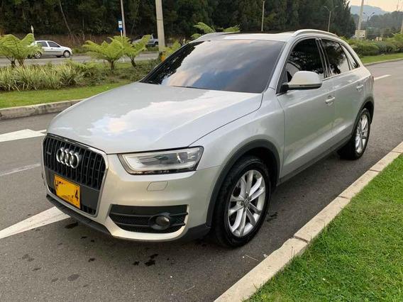 Audi Q3 Luxury 2.0 Turbo