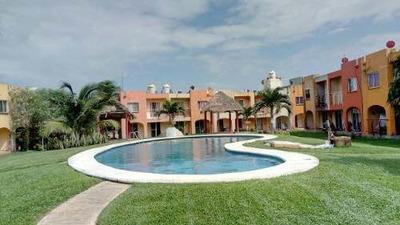 Casa Semi-amueblada En Venta, Puerto Esmeralda