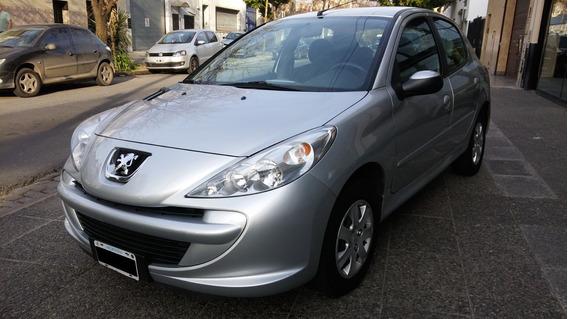 Peugeot 207 Compact 1.4n 5p 2014 Perfecto Estado!! 79000km!